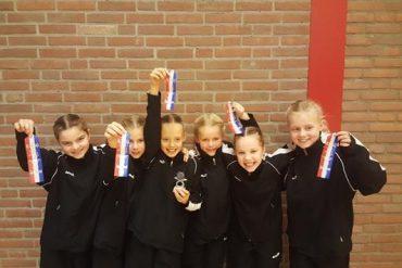 Meisjes Fit halen brons in Bodegraven